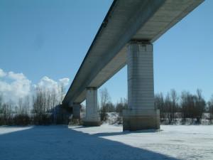 Мост через р. Самарка в районе п. Алексеевка Самарской области